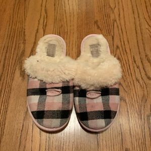 Uggs Plaid Pink Slippers